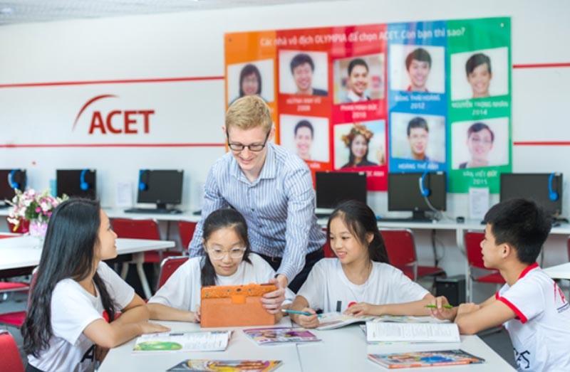 Giáo trình Tiếng Anh tổng quát - ACET: Anh Ngữ học thuật - Giáo dục quốc tế